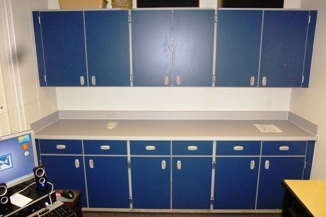 Rdm Designs Custom Cabinetry ~ Plastic laminate cabinets image and shower