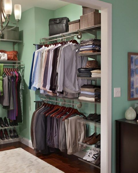 Q1 CLOSETMAID WIRE SHELVING WALK IN CLOSET 02