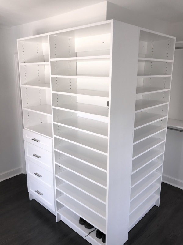 WALK IN CLOSET WHITE SHAKER OUTSIDE CORNER SHOE SHELVES